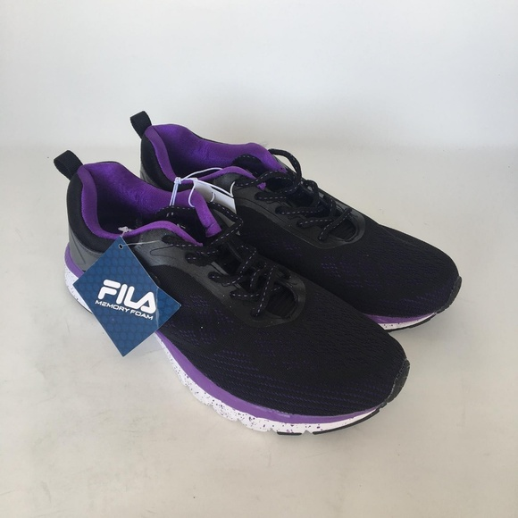 Fila Women's Memory Outreach Athletic Running shoe